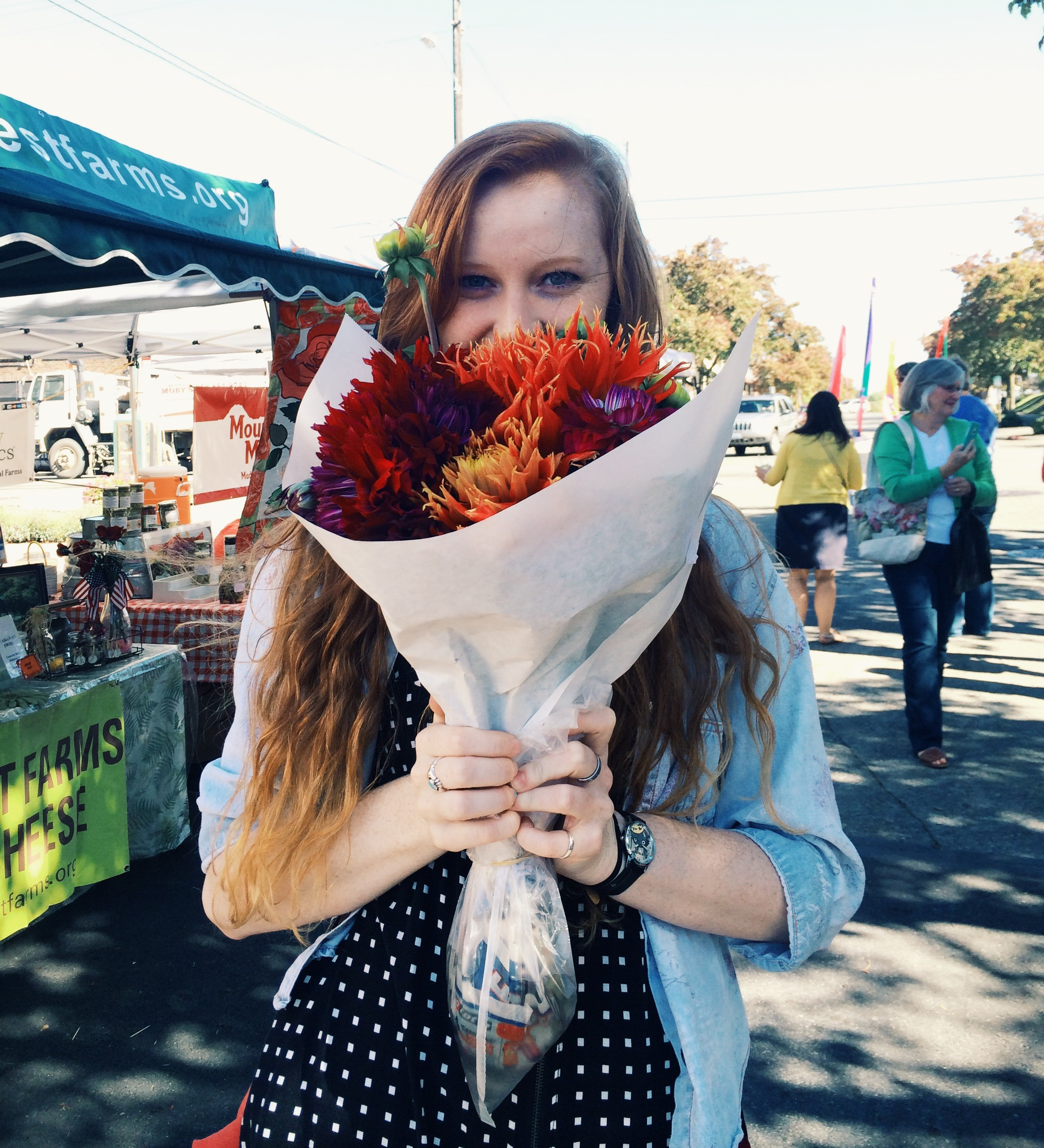 Me ft. dahlias