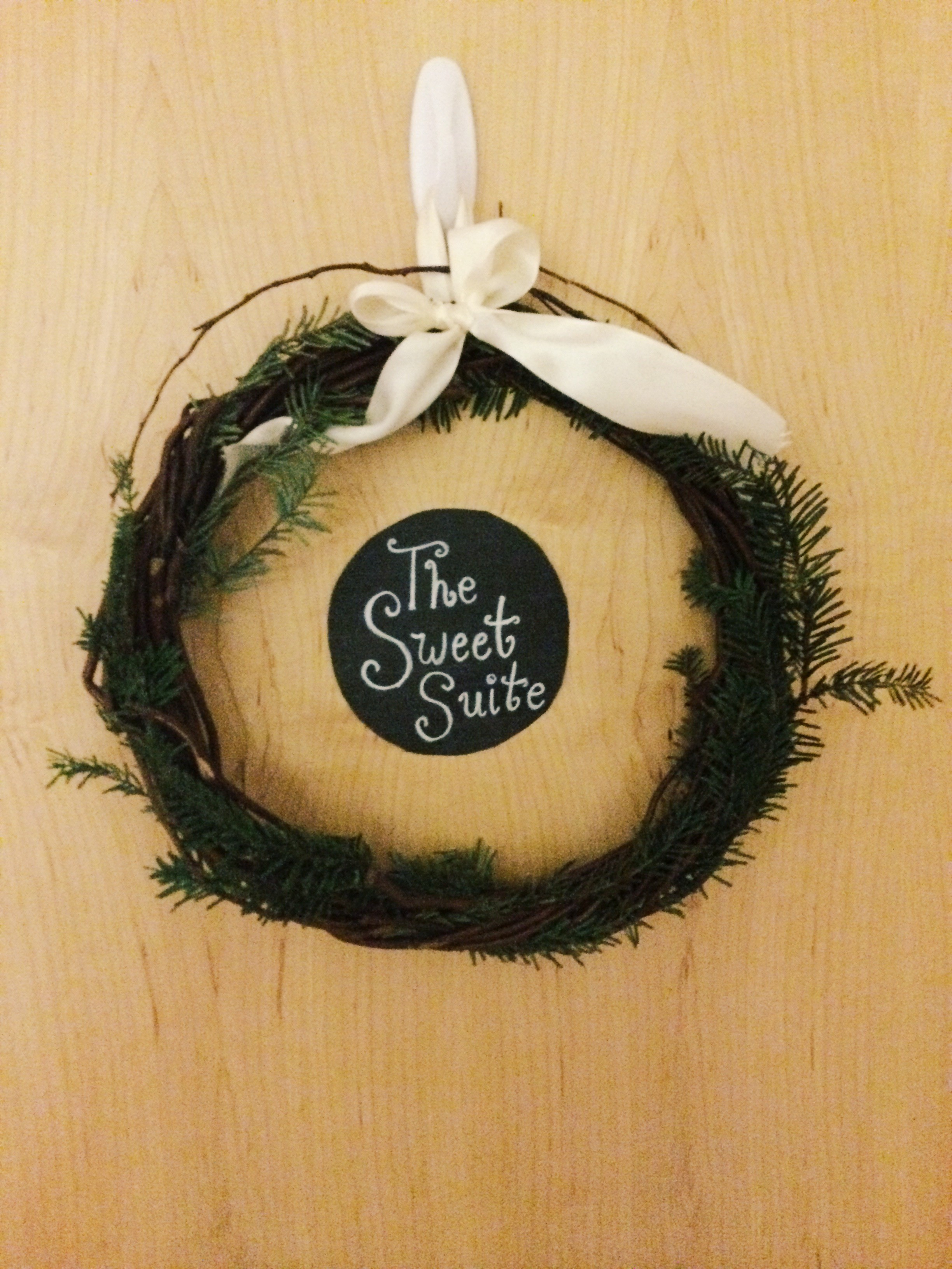 The welcome wreath on our suite door!