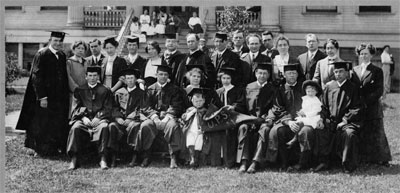 Image caption: Class of 1914 from A Sound Past