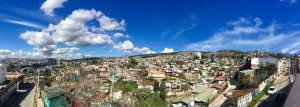 The deceivingly small hills of Valparaiso